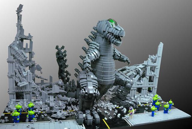 LEGO Dinosaur Robot