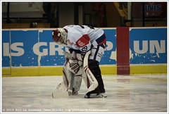 Preparing for the game UNIS Flyers vs CAIROX Hijs Hokij