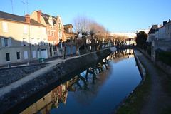 le long du canal - Photo of Corquilleroy