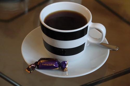 Kaffee und Merci Petits zur Begrüßung