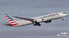 CDG - American Airlines Boeing 787-8 N821AN