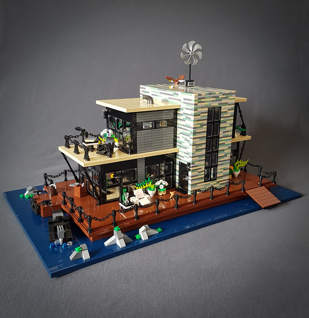 Shallow-Water House MOC. Deck side.