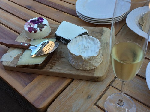 Sparkling Wines and Cheeses, as we begin our California Wine Adventure
