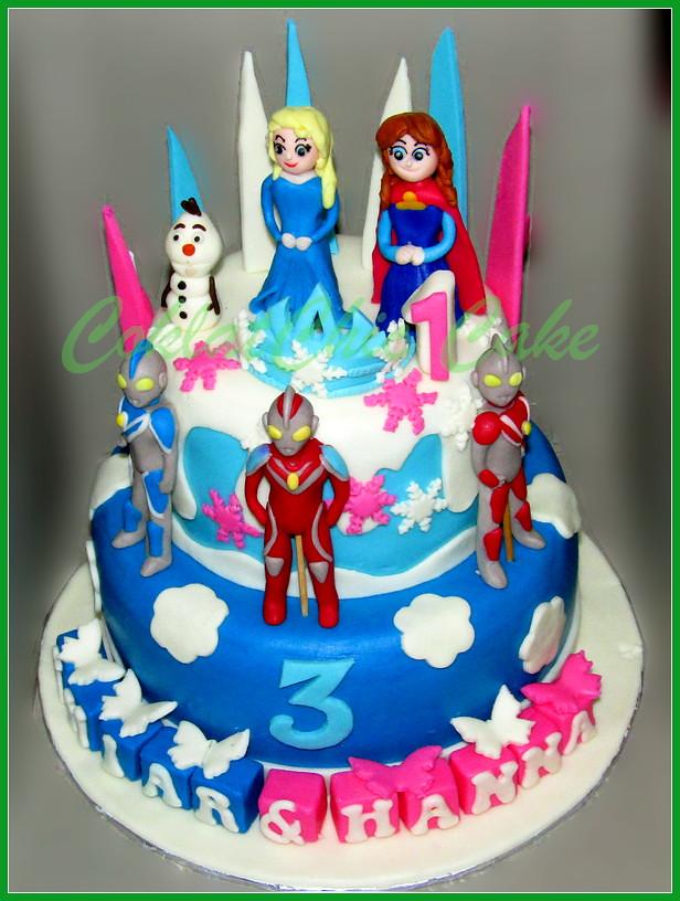 Cake Disney Frozen dan Ultraman 20 dan 12 cm