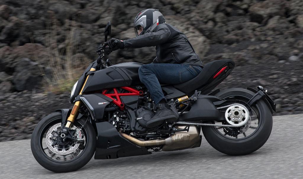Ducati DIAVEL 1260 S 2019 - 29