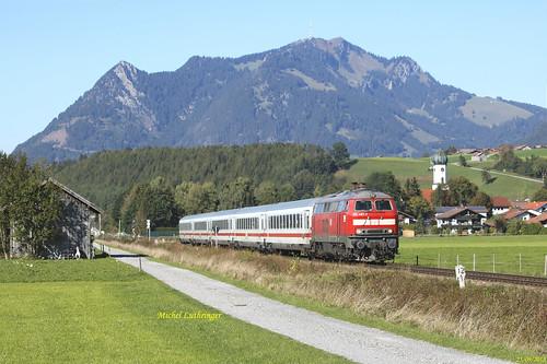BR 218 487-7 Train IC 2085 Augsburg Hbf-Oberstdorf à Altstädten
