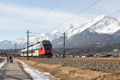 Oberhofen im Inntal   AT-7 (T - Tirol)   06.02.2019   ÖBB-4024 091-3 as train S2 Ötztal - Jenbach