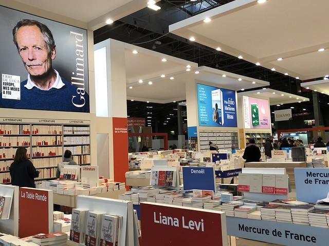 Montage de Livre Paris