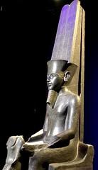 Amon protégeant Toutânkhamon, 1336-1326 av. J.-C.