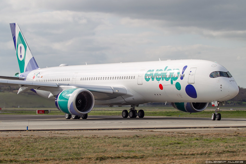 Evelop Airlines Airbus A350-941 cn 293 F-WZHJ // EC-NBO