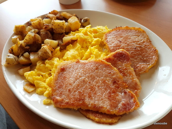 Three Eggs (scrambled) and Peameal Style Bacon