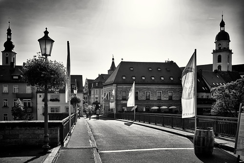 Gegenlicht auf der Alten Mainbrücke