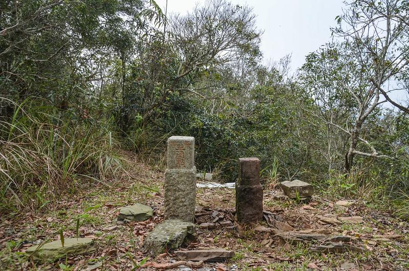 大原山3-7142三角點與次中(04)山字森林三角點(Elev. 1114 m) 2