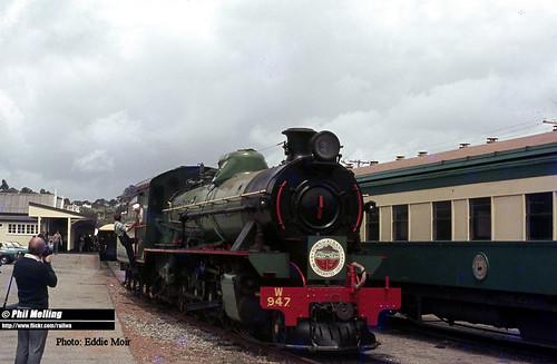 J1100 W947 Albany Railway Station