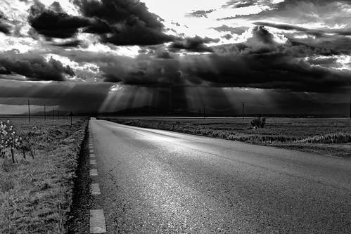 Light me the way .........., Iluminarme el camino..........