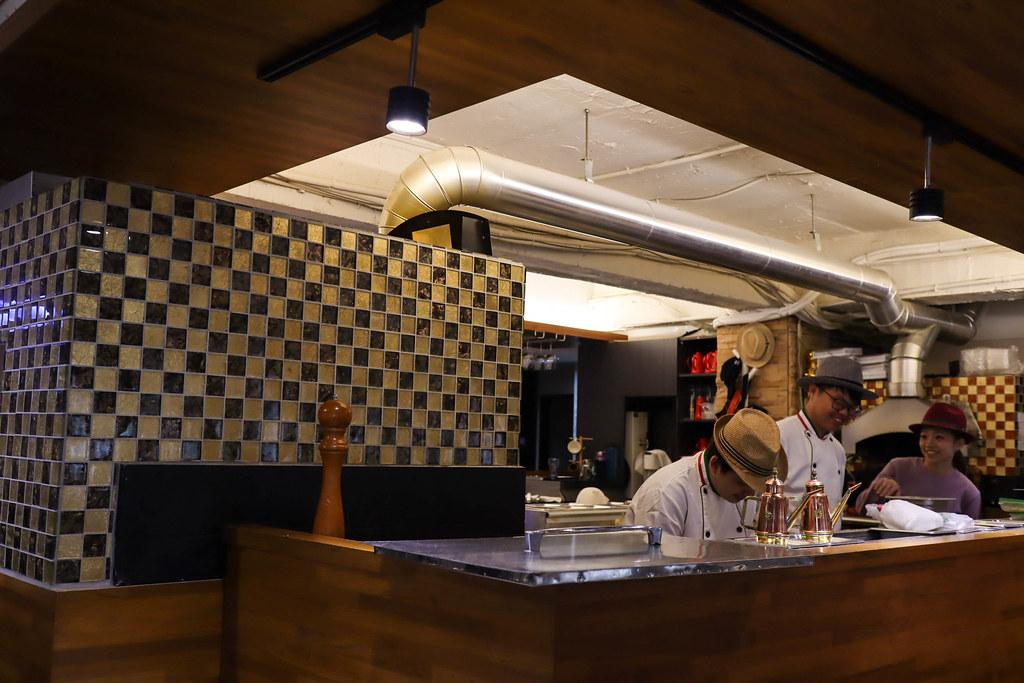 義大利米蘭手工窯烤披薩 台北中山店 Milano Pizzeria Taipei (2)