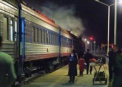 中停東戈壁草原的賽音山達,是蒙古縱貫鐵路的必經之地,放風時間有半小時,當然要感受一下零下13度的低溫!我還穿少一件鵝絨去吹風~爽! 【浪游旅人】https://ift.tt/1zmJ36B #bacpackerjim #breaktime #cold #belowfreezing #sleeper #compartment #bed #train #railway #station #Сайншанд #sainshand #mongolia #монголулс