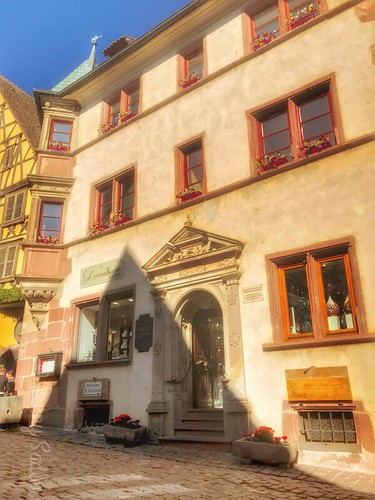 The house Schickhardt was built in 1606 by the architect of the same name. From The History and Architecture of Riquewihr in Photos