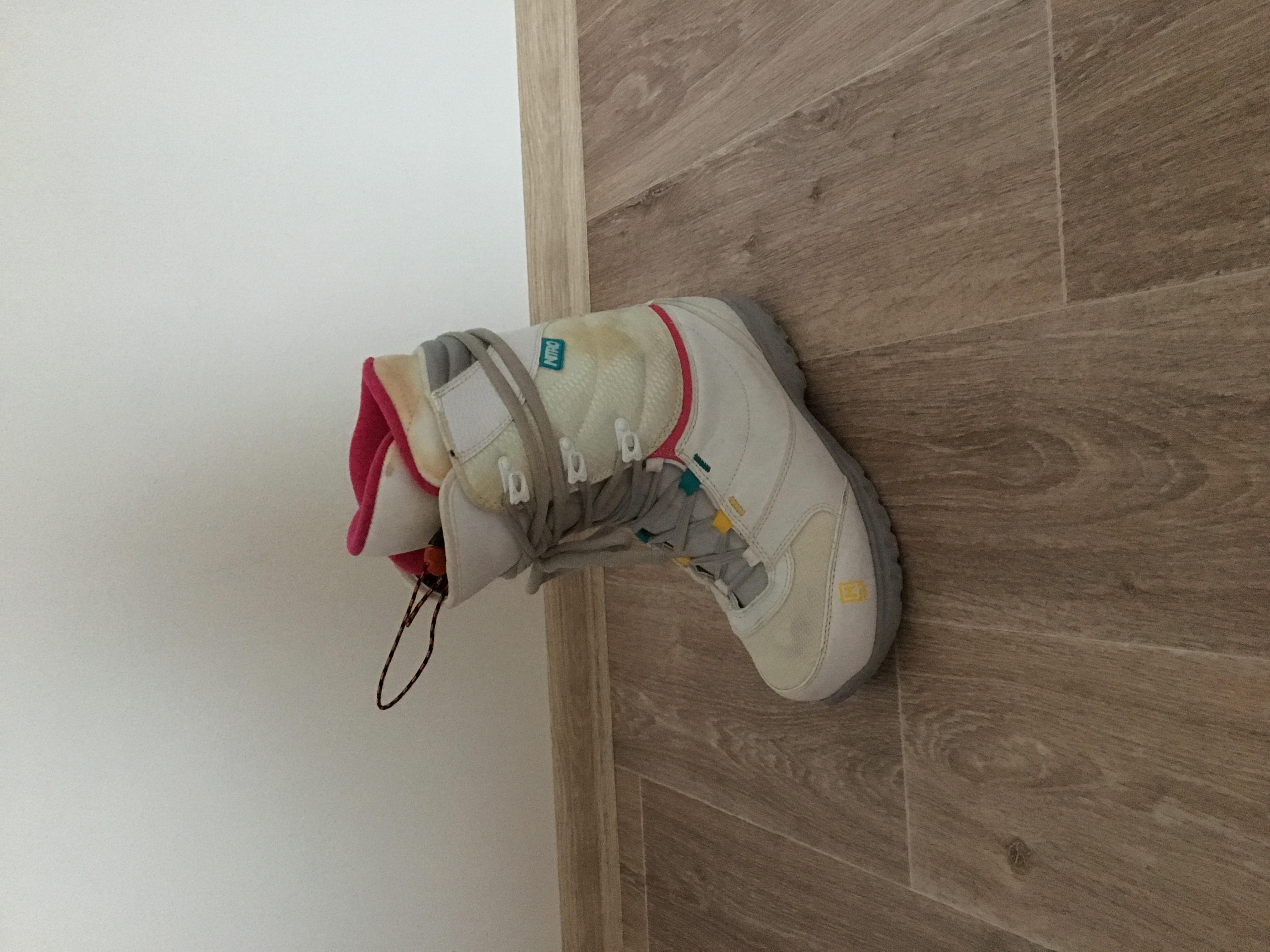 42 - fotka 2 Dámské snowboard boty NITRO vel. 42 - fotka 3 e053ec3ac2