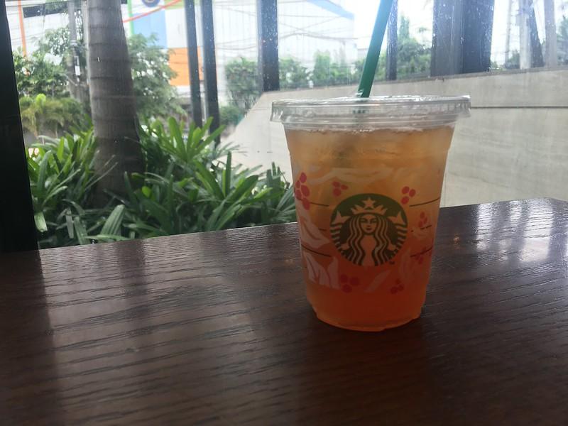 Starbucks, Eugenio Lopez Drive