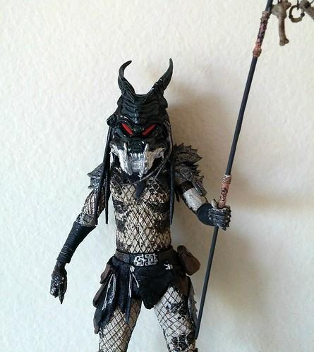 Neca Predator2 Shaman w/ Clan Leader mask