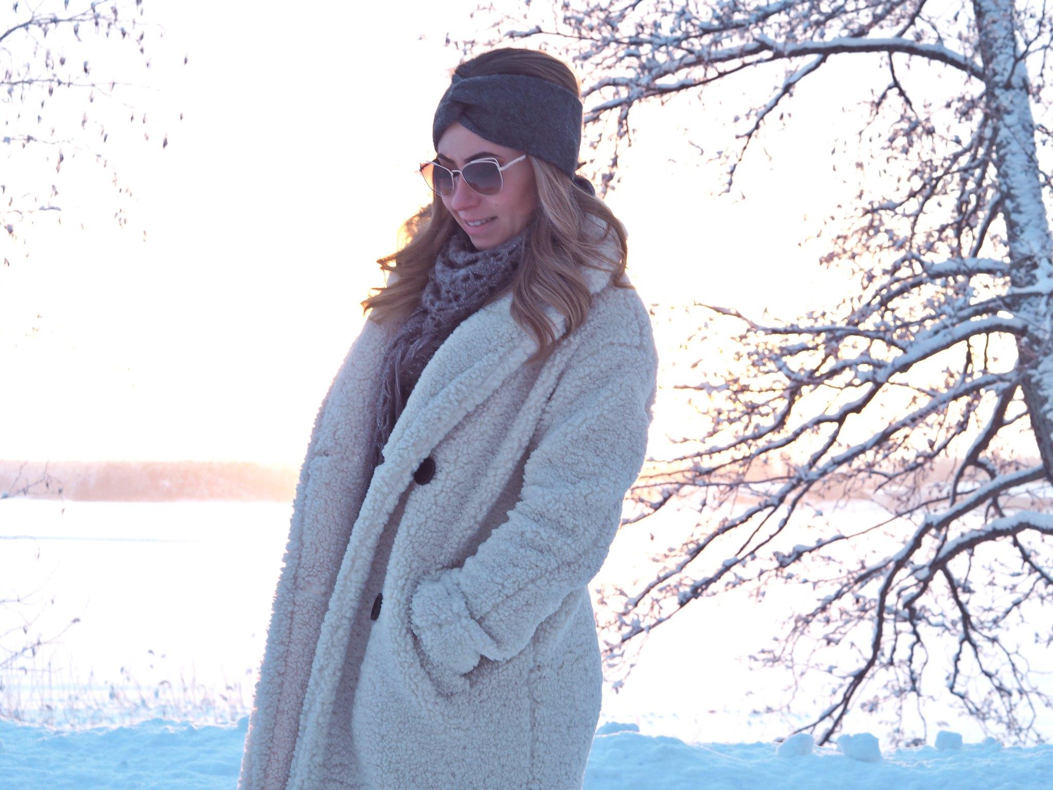 teddy coat bershka