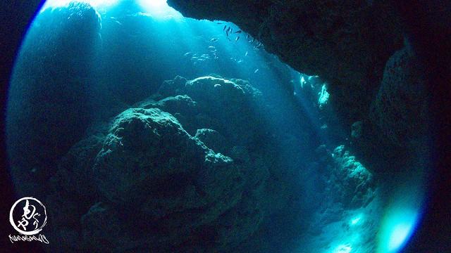 洞窟にそそぐ光がとても美しかったです。