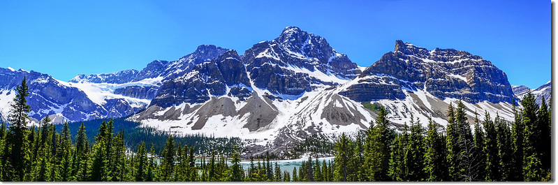 Bow Lake & Crowfoot Mountain