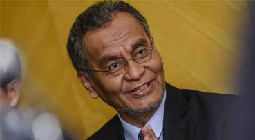 New Tobacco Control Bill to be finalised by month's end, says Dzulkefly