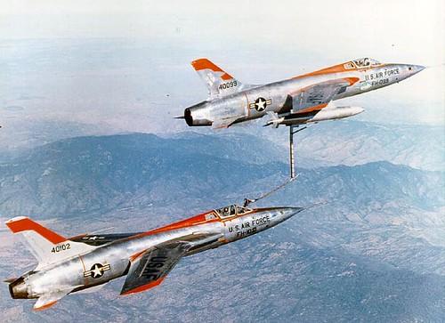 F-105 AAR buddy
