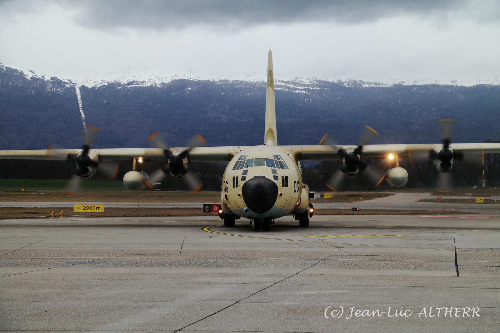 FRA: Photos d'avions de transport - Page 37 33441745608_4a78c5b0e5_o