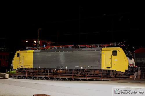 E189 989-7 ISC