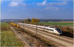 TGV PSE 04 et XX à Othis - Photo of Othis