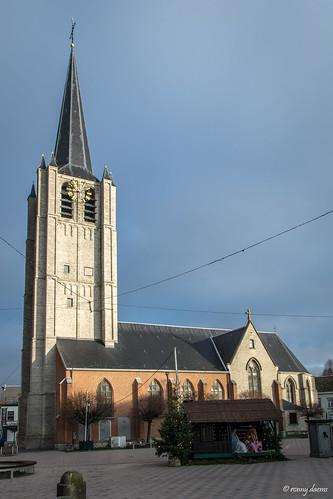 Wommelgem, Sint-Pieter- en Pauluskerk.