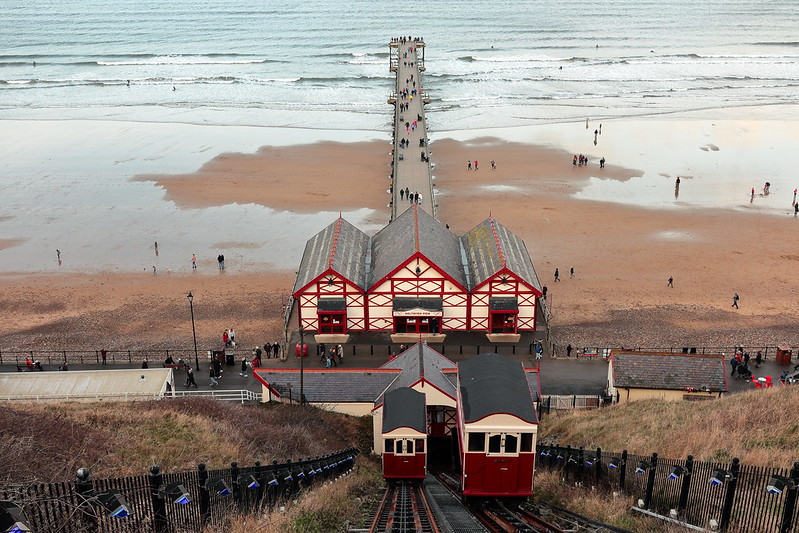 Saltburn Pier & Cliff Lift