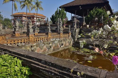 INDONESIEN, Bali ,Kungklung - Taman Gili und Kerta Gosa (Park und Gerichtsgebäude)  18042/11277