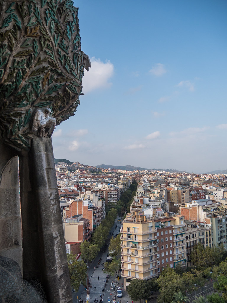 Barcelone, depuis la tour de la Nativité... 46490607812_737265daba_b