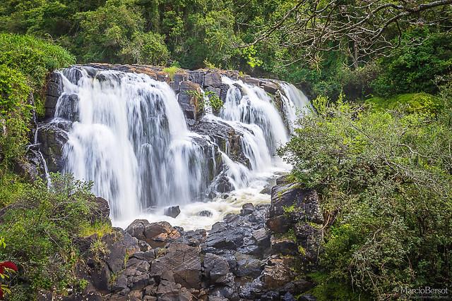 Cachoeira Véu das Noivas - Poços de Caldas - MG - BRA