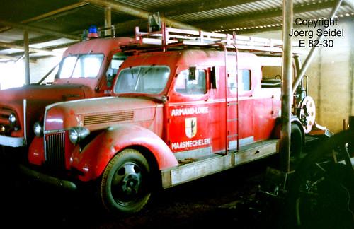 BE-3630 Maasmechelen Armand Lowie Feuerwehrwagen  im März  1991