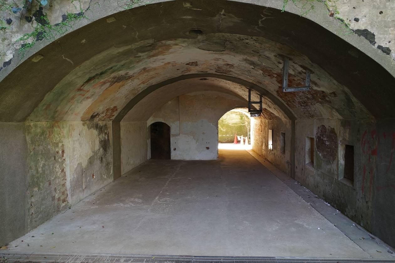 猿島・防空壕