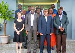 Photo de famille au terme de la rencontre entre le Représentant de la FAO  & le Ministre de l'Agriculture