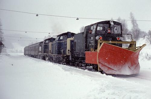 DB 4080 9475 189/ 211 039, 055 Bf Gotteszell 21.02.1993