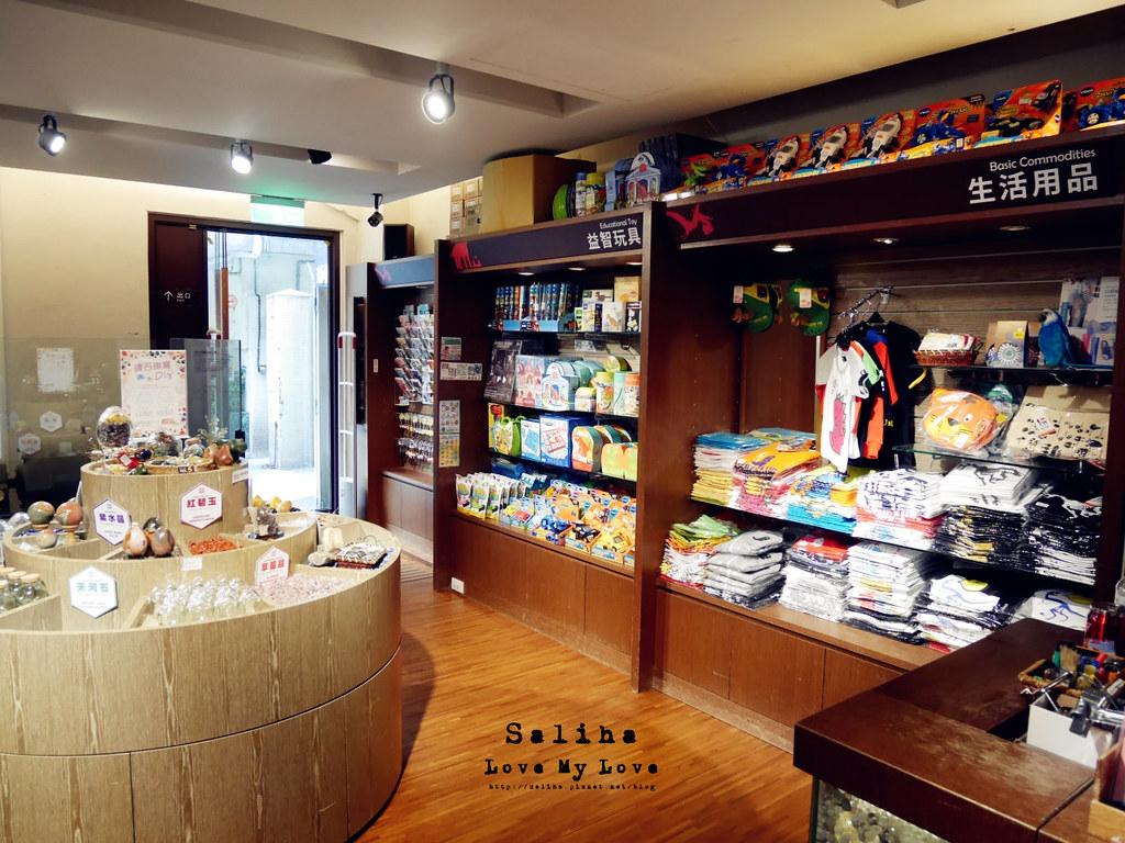 台北車站親子紀念品伴手禮玩具商店 (2)