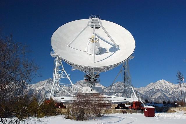 Badary radiotelescope astronomique projet quasar, vallée de la Tounka, Bouriatie  © Bernard Grua