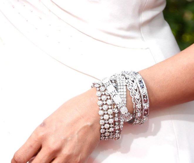 Sandra Oh bracelet stack