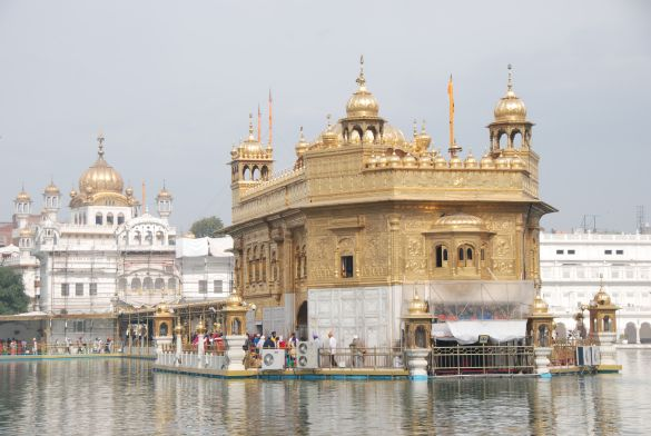 DSC10087AmritsarGoldenTemple