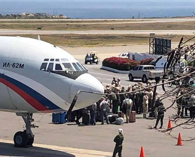 Presença de militares russos na Venezuela faz parte de acordo de cooperação