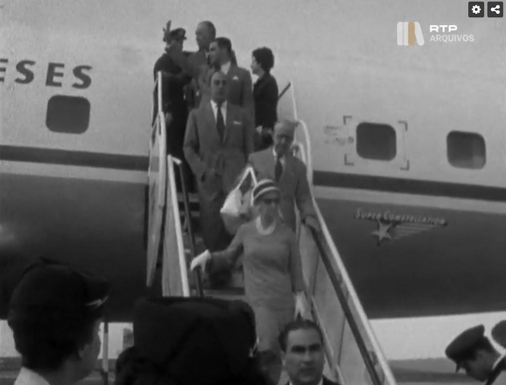 Chegada de oficiais e jornalistas da Beira, Aeroporto da Portela, 15/4/1961