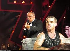 20170729_7 Robbie Williams & his dad at Tele2 Arena in Stockholm, Sweden