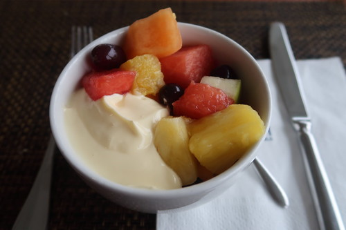 Vanillejoghurt mit frischem Obstsalat